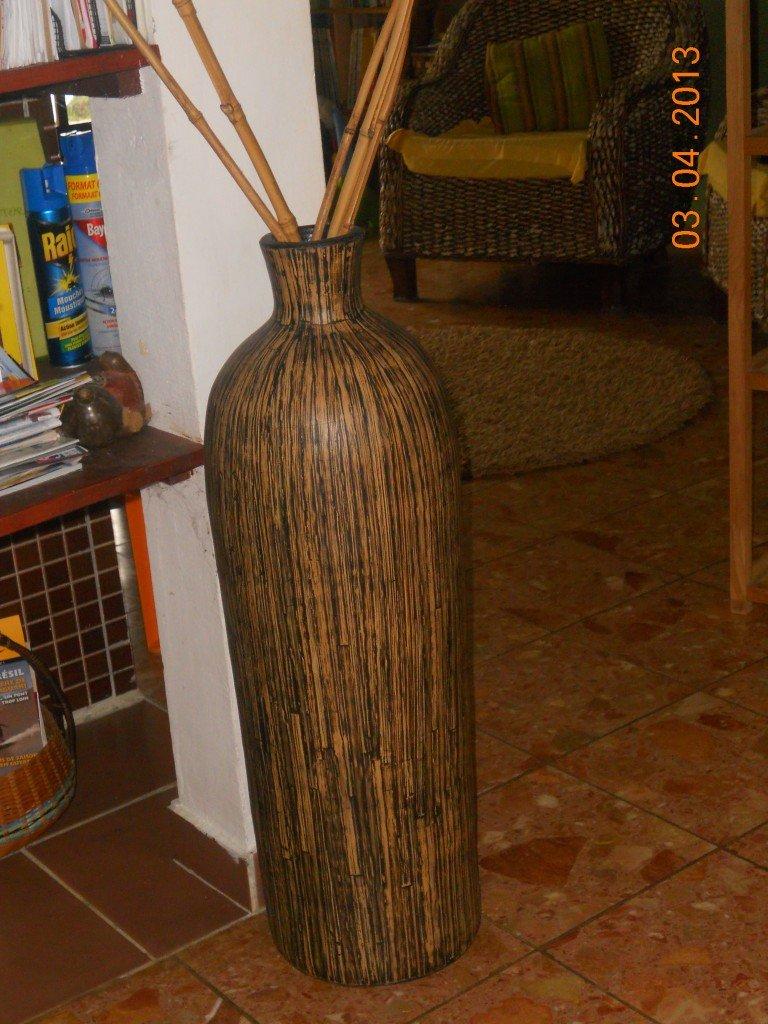 Tige de bambou en vase les derni res id es de design et int ressantes appliquer - Vase decoratif design ...