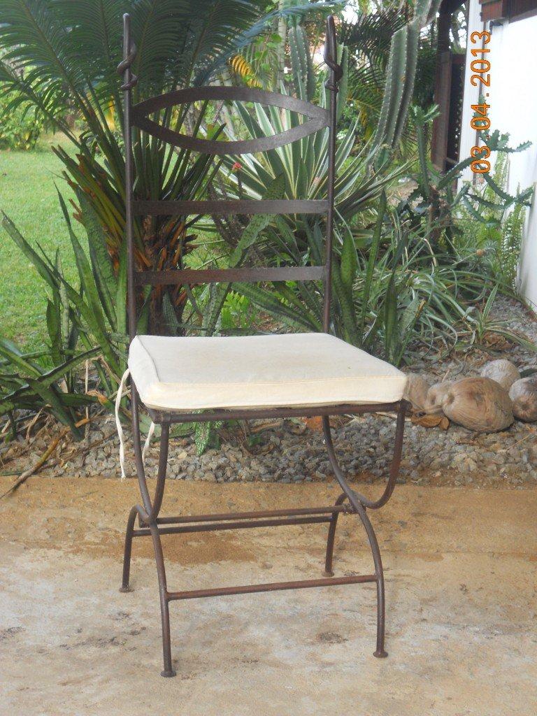 Chaises en fer forgé dans Décoration dscn2906