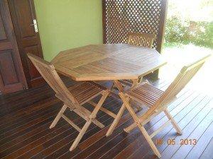 table et chaises dans Mobilier dscn3118-300x225